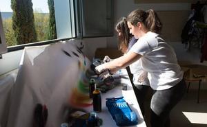 FutURemprende plantea a estudiantes el reto de diseñar un coche cohete