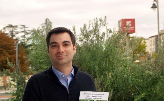 Borja Millán, doctor por la UR con una tesis sobre nuevas técnicas para controlar el viñedo