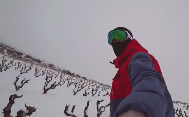 Haciendo snow entre viñas bajo el monte Yerga