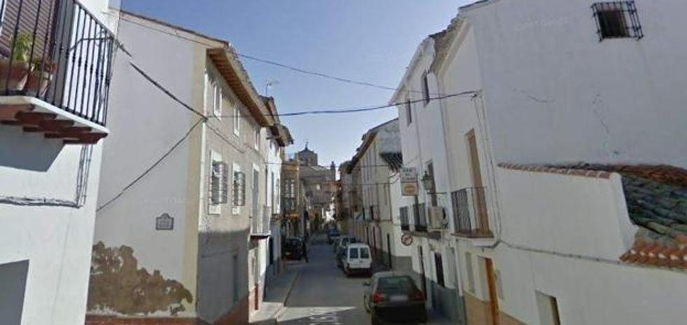 Mata a su mujer con un hacha en Granada y se suicida