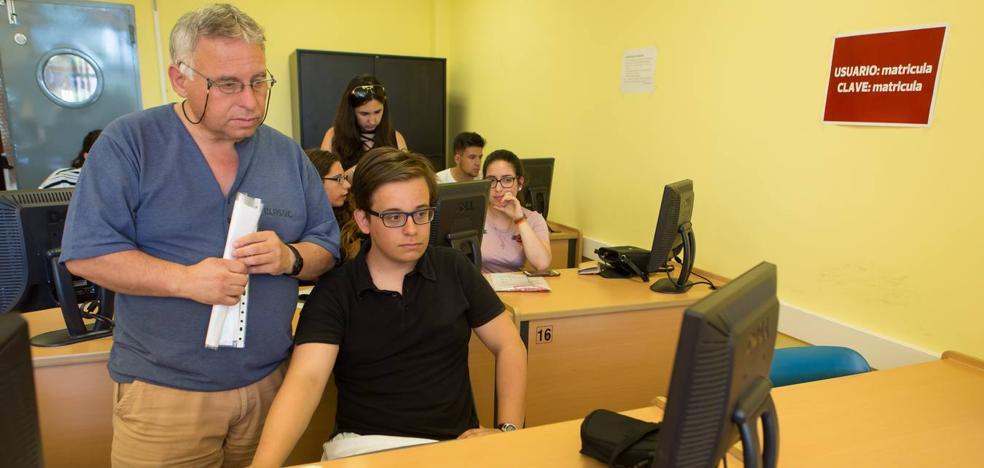 Los jóvenes riojanos se inclinan por estudiar ingenierías técnicas a diferencia de otras regiones