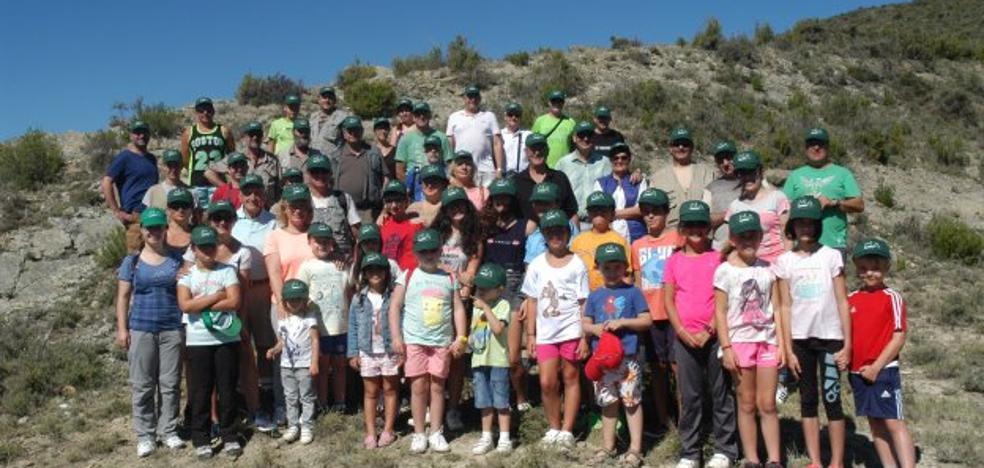 La jornada paleontológica en Los Cayos de Cornago cumple XXIII ediciones
