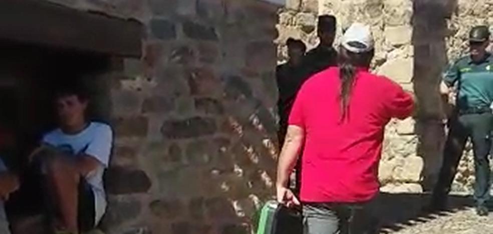 Desalojan, con cerrajero y Guardia Civil, el Hogar del Jubilado de Jalón de Cameros