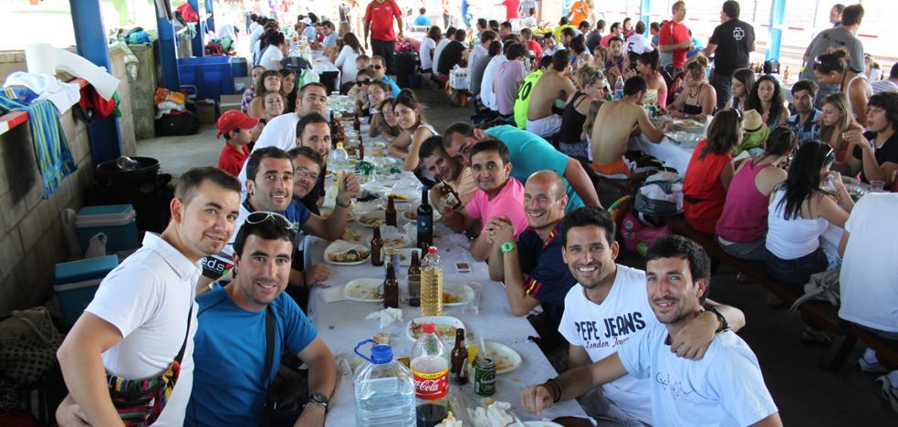 El torneo de voley y el concurso de calderillos centran las fiestas de la Juventud en Alfaro