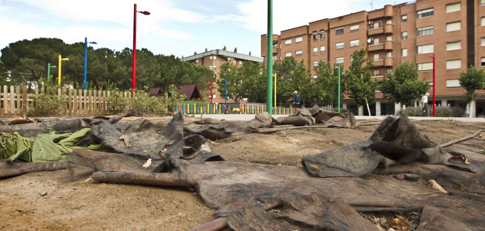 El PSOE pide «decisiones concretas» y escuchar a los vecinos de la plaza 1 Mayo