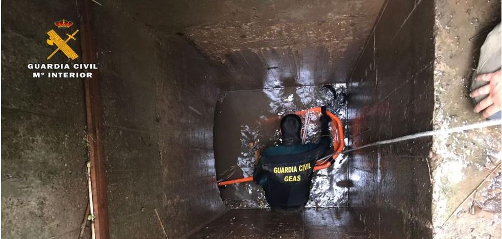 Un hombre de 73 años fallece en un canal de su finca en Villamediana