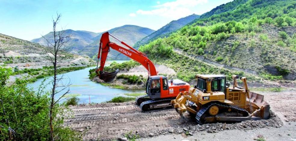 Las obras para acabar la presa de Soto-Terroba se reanudan dos años después de su último parón