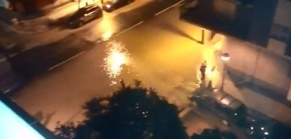 Inundación en la calle Beratúa de Logroño