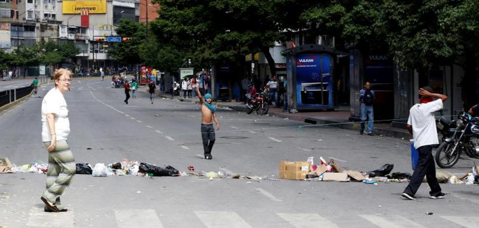 El paro opositor contra Maduro paraliza parcialmente Venezuela