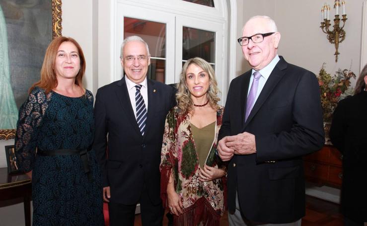 Visita a la Embajada de España en Chile