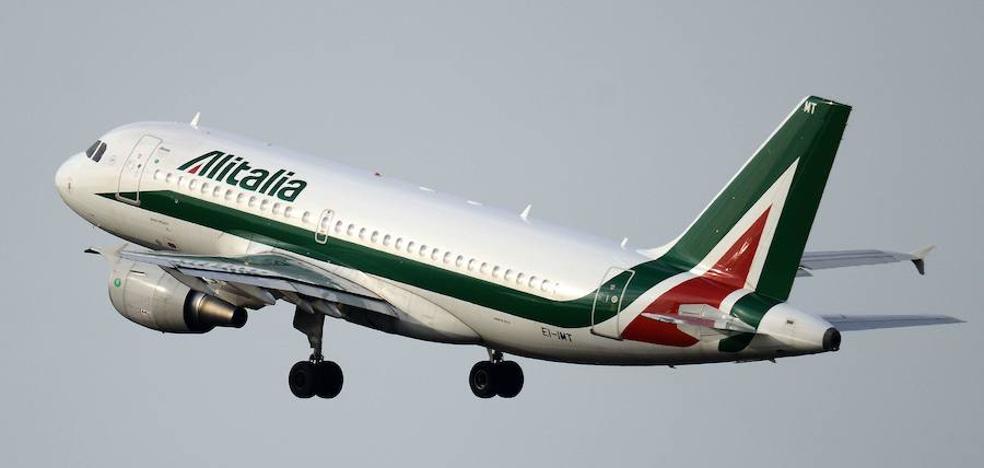 Ryanair presenta una oferta para hacerse con Alitalia