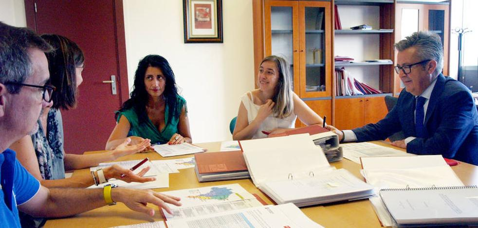 Ocho brasileños continuarán sus estudios en la UR becados por el Banco Santander