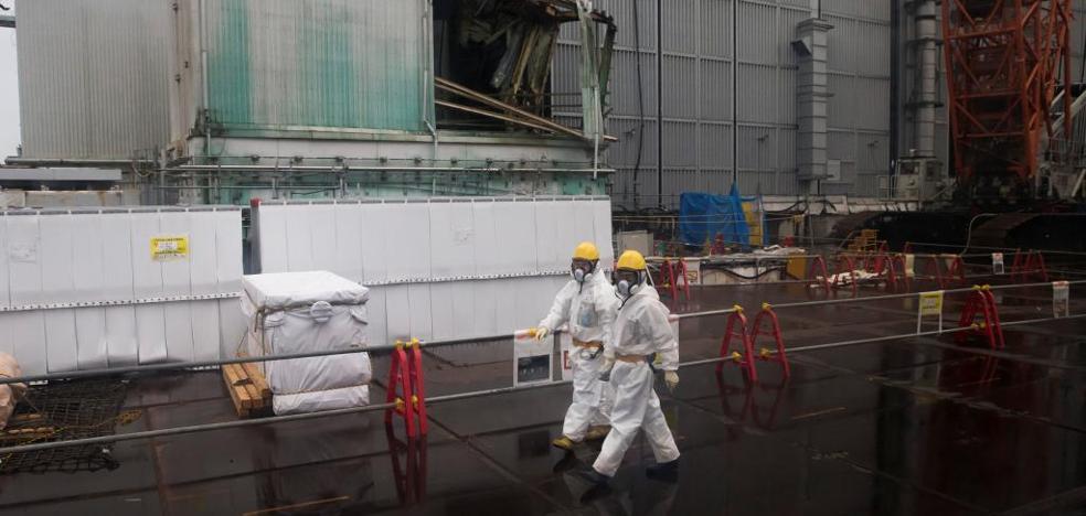 Hallan una bomba sin detonar cerca de la central nuclear de Fukushima