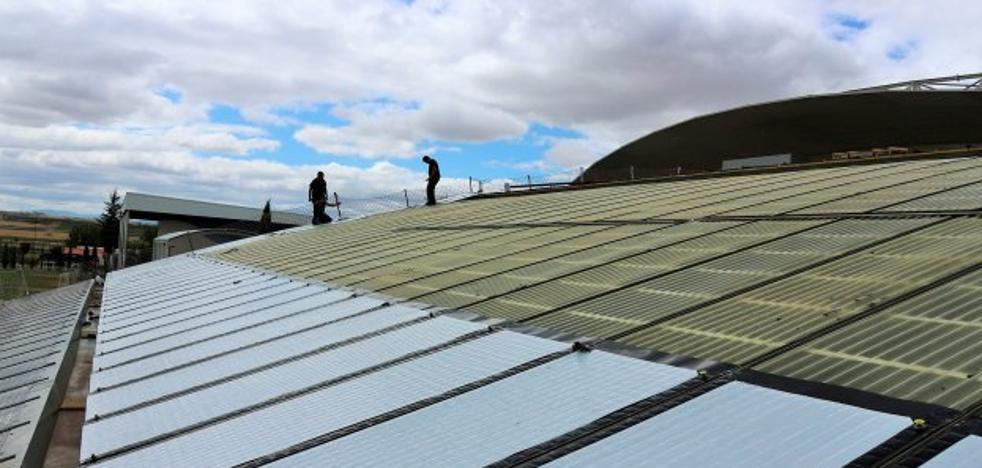 Comienza la instalación de las placas solares