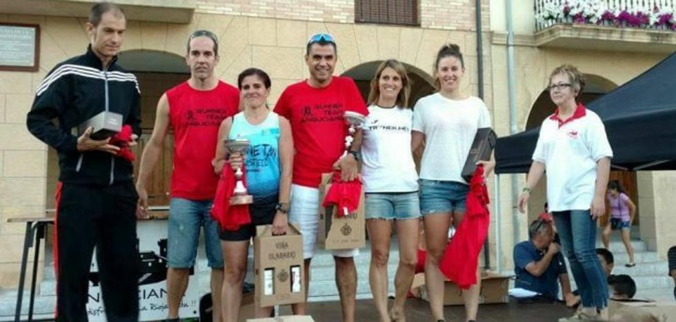 Félix Alcalde vence en la III Carrera de Anguciana