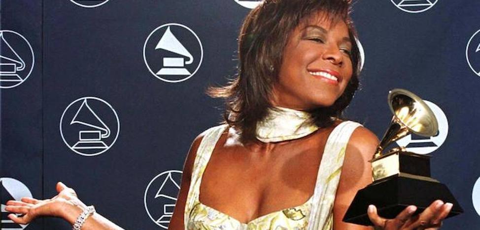 Muere el único hijo de la cantante Natalie Cole a los 39 años