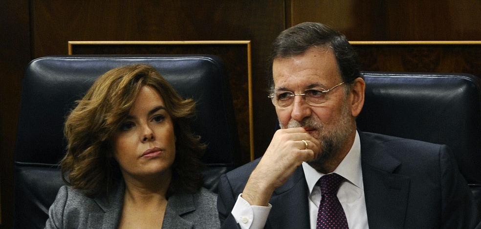 El Parlament se querellará contra Rajoy y Santamaría por no ir a una comisión de investigación
