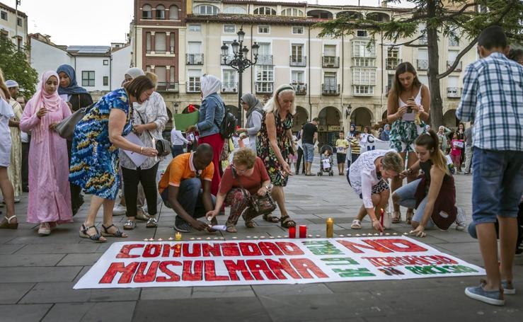 Condena unánime al terrorismo junto a los musulmanes riojanos