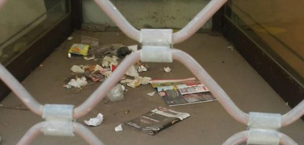 La Guindilla: suciedad en una tienda cerrada