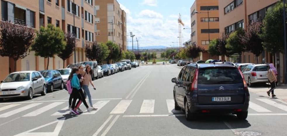 La calle Julián Fernández Ollero de Haro contará con estacionamiento en batería