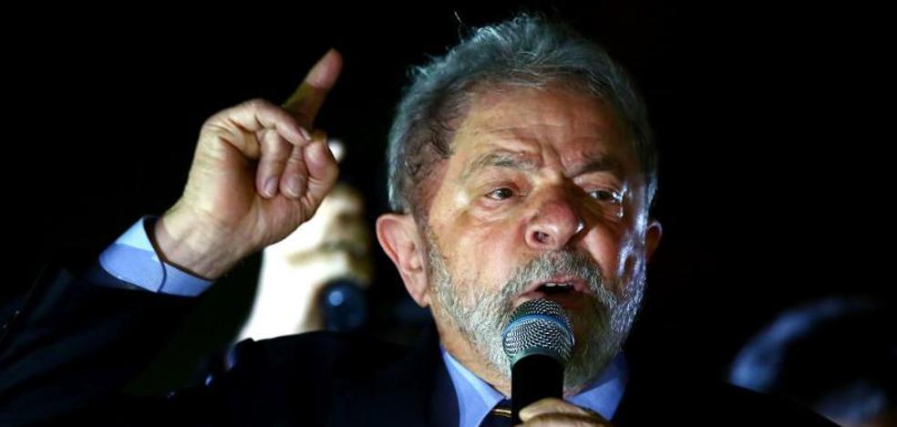 Lula se siente víctima de una «cacería de brujas» ante el juez