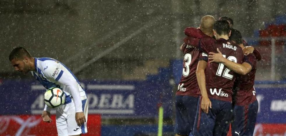 El Eibar consigue una victoria balsámica
