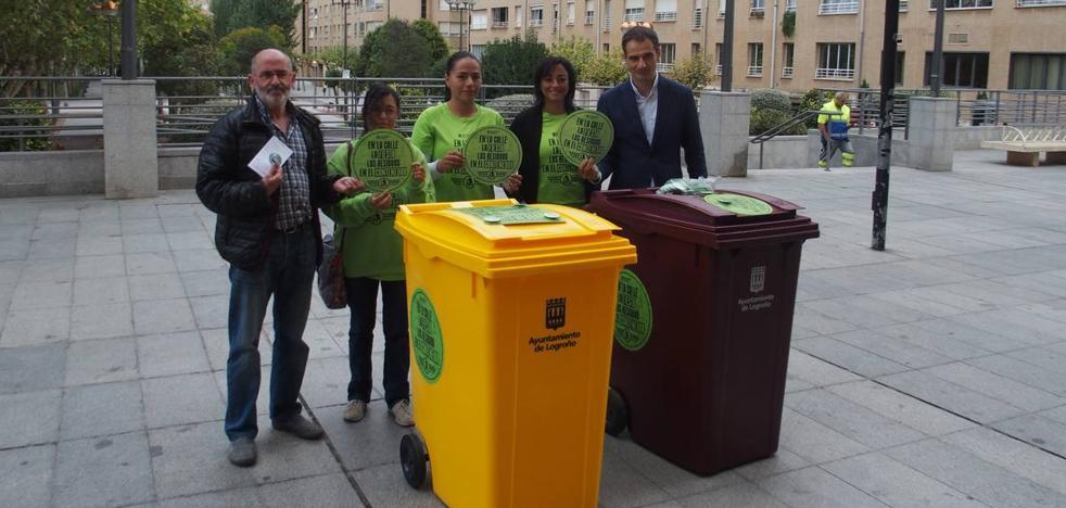 'En la calle, la fiesta; los residuos en el contenedor'
