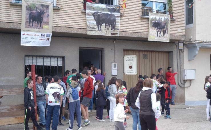 Las cuadrillas de Cabretón se quedaron sin toro ensogado