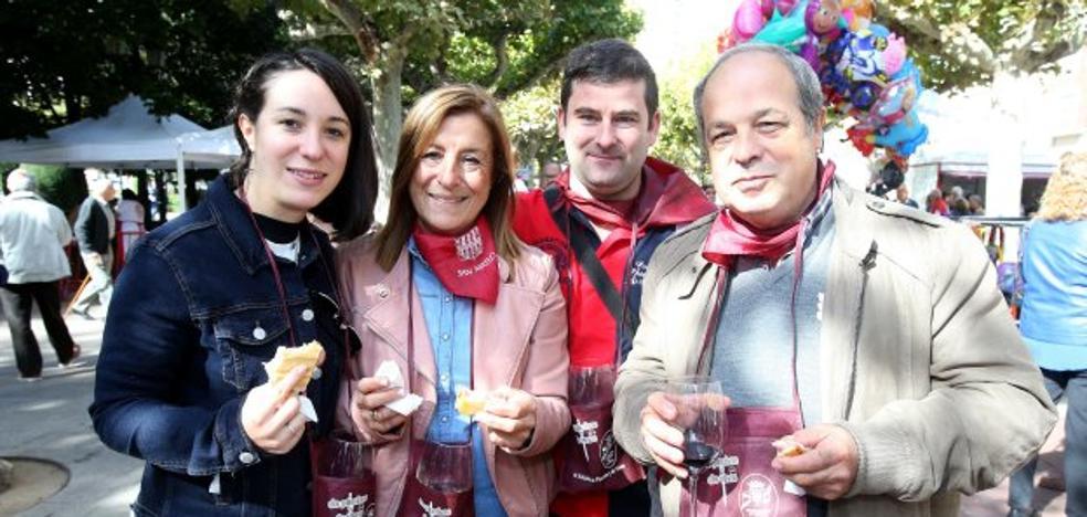 Los pinchos y los vinos, como los pimientos, mejor a cientos