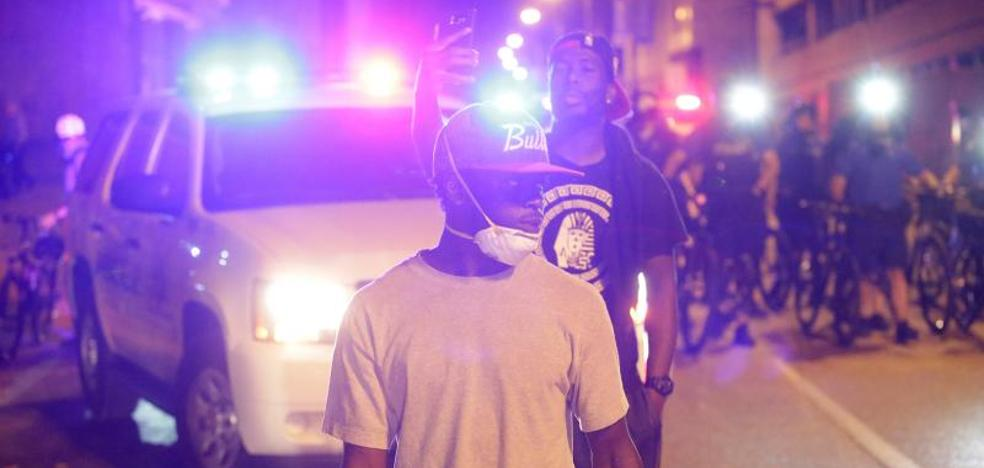 Más de 80 detenidos en una protesta contra la absolución de un policía en Missouri