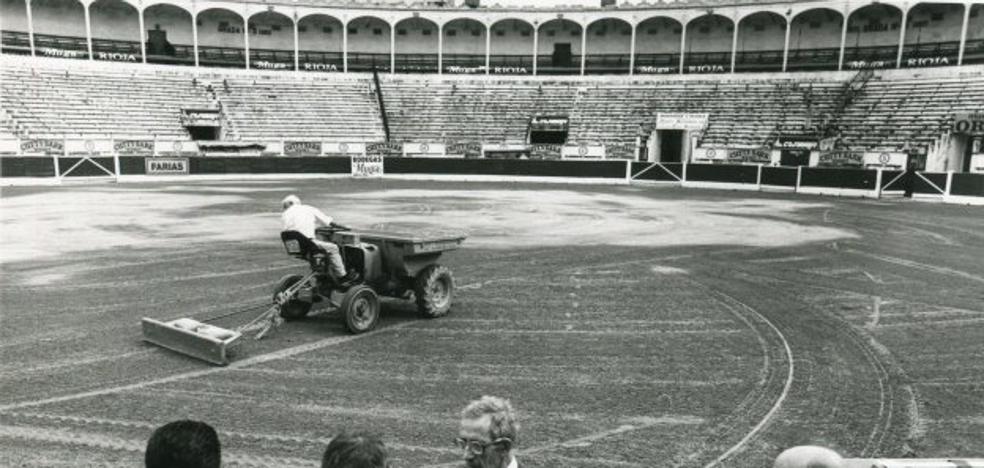 Aquellas fiestas, la plaza de toros en 1999