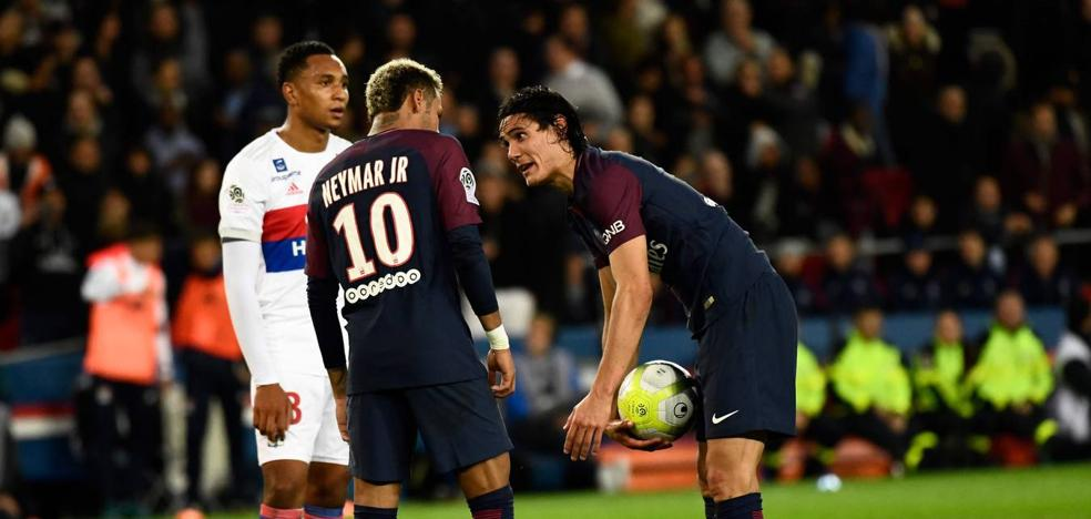 Neymar y Cavani casi llegan a las manos en el vestuario