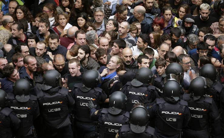 Así fueron las 24 horas de mayor tensión en Cataluña