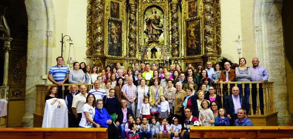 Aguilar despide a su párroco Tomás Navarro