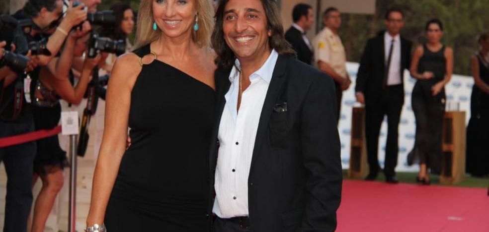 Antonio Carmona no está en coma, asegura su mujer