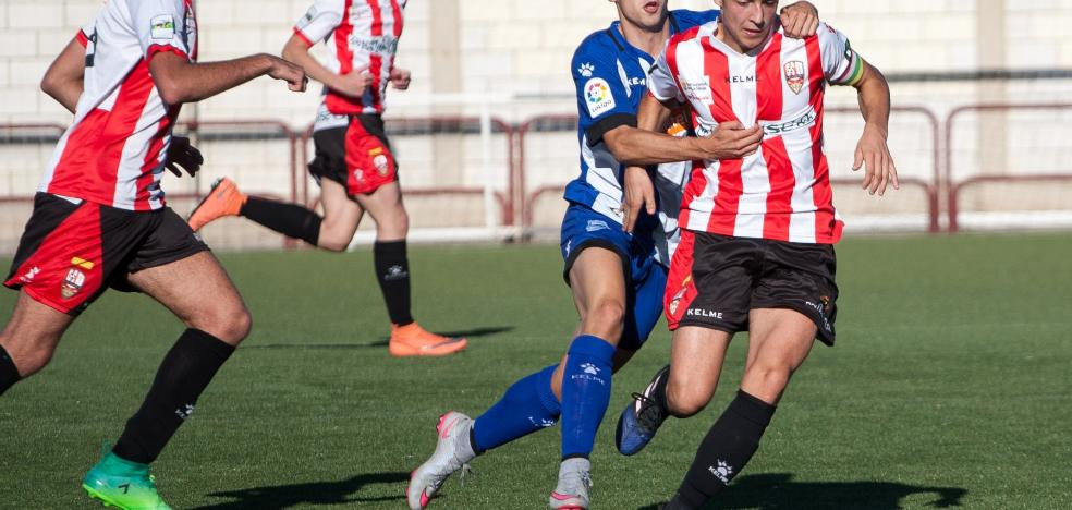 Tres goles de Mario dan los primeros puntos del curso a la UD Logroñés