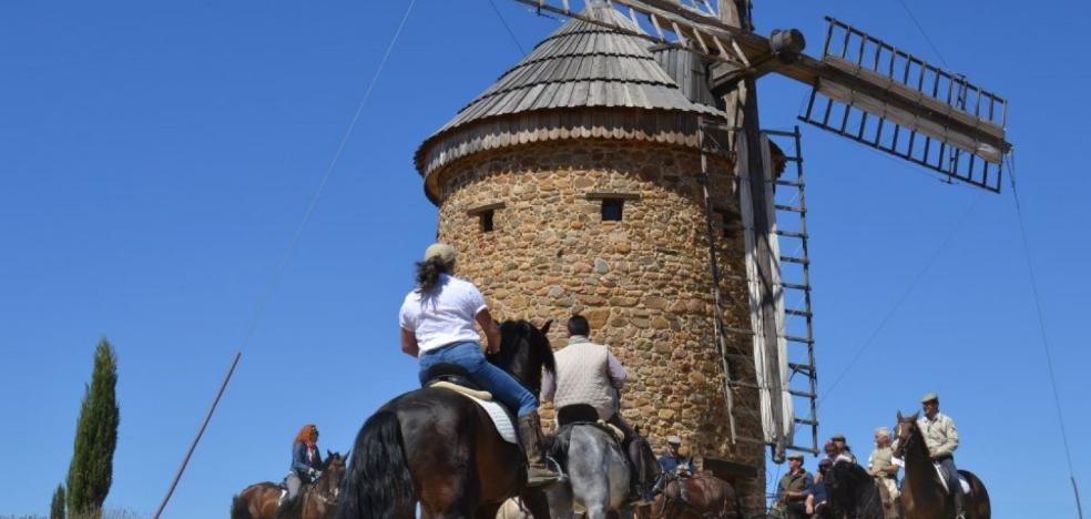 Más de 60 caballistas participaron el fin de semana en el VI recorrido por Ocón