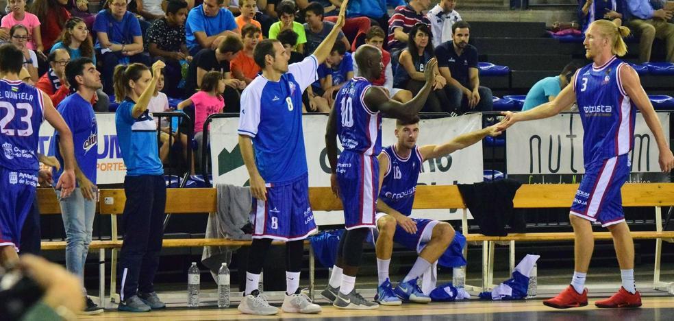 El Clavijo se impone al Valladolid por su defensa en el tercer cuarto