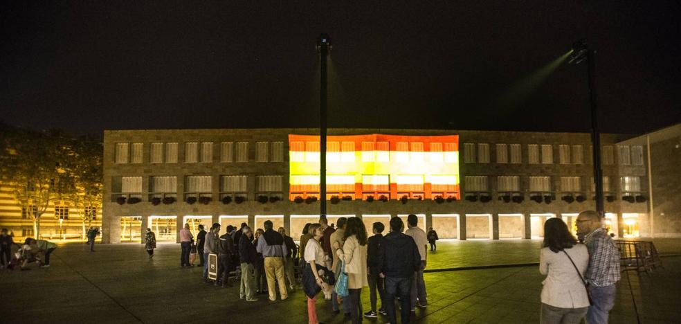 Logroño se pinta con la bandera de España