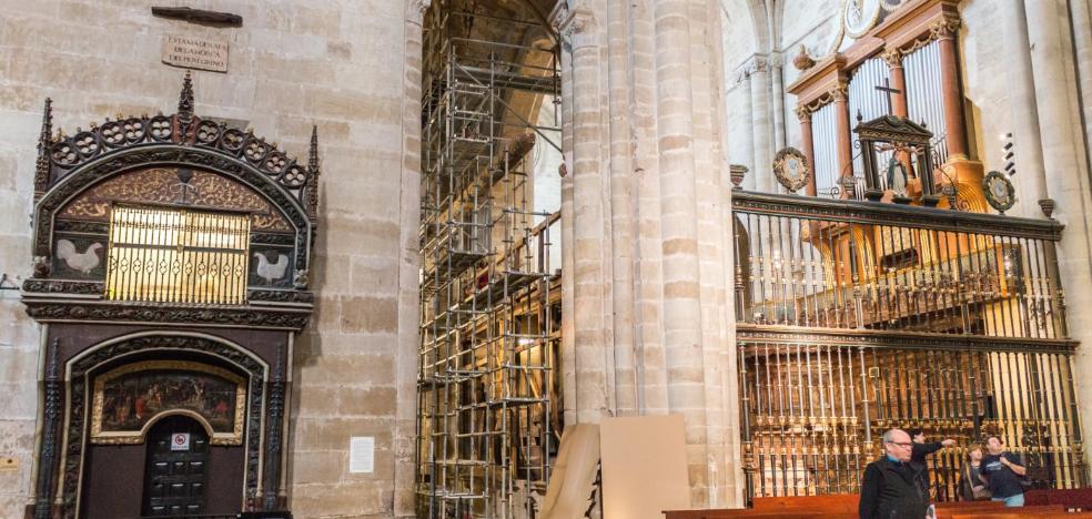 Los andamios vuelven a la catedral