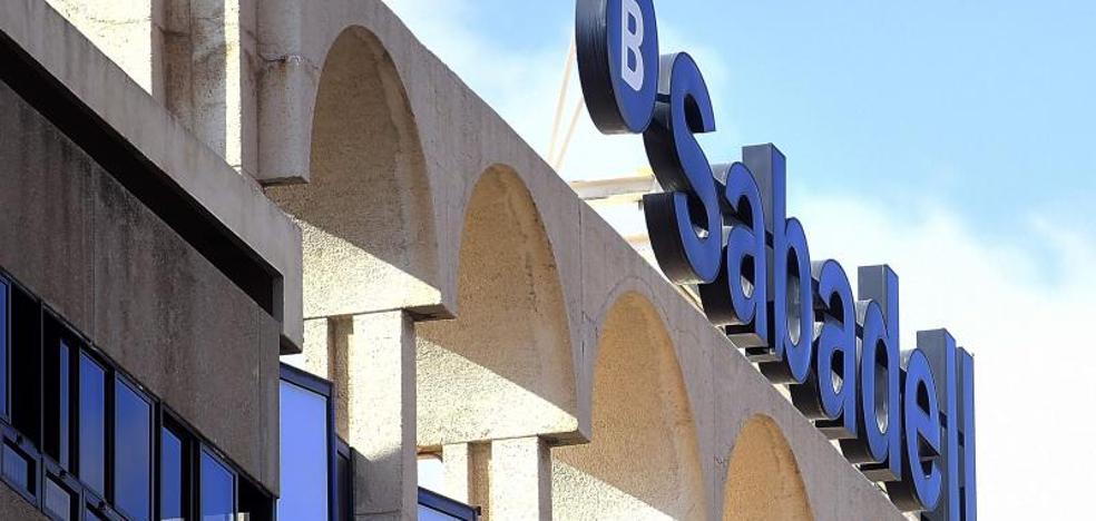 Al menos 531 empresas han abandonado Cataluña desde el 1-O