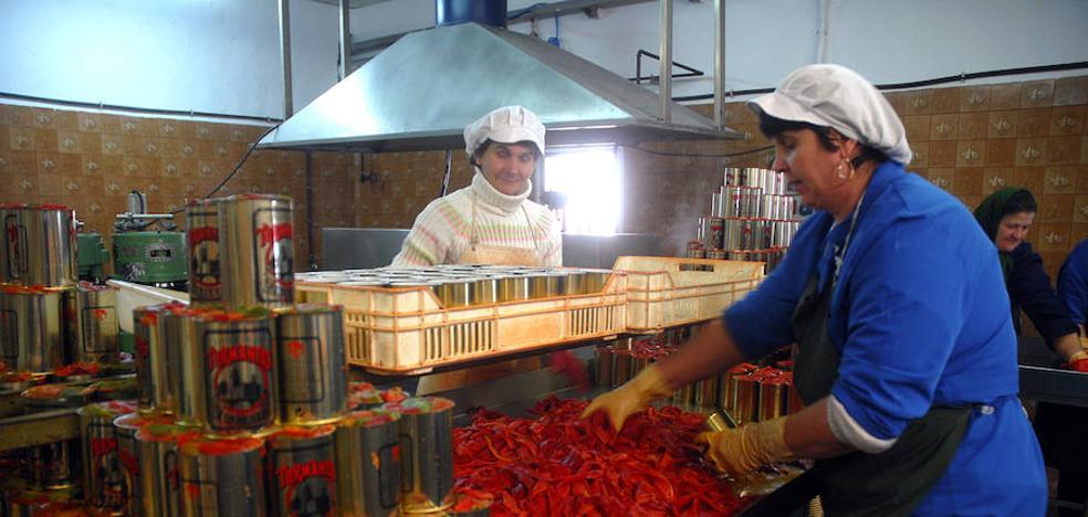 Oviedo acoge el Mercado de Artesanía de La Rioja con ocho oficios