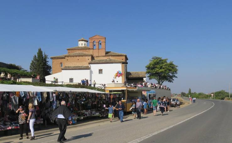 Alfaro cumple con la romería a la ermita del Pilar