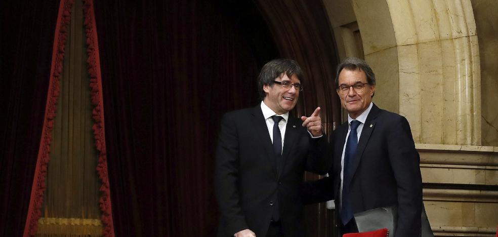 La convocatoria de elecciones gana adeptos en el escenario catalán
