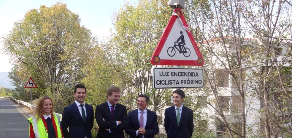 La Rioja estrena unas señales que avisan de la presencia de ciclistas