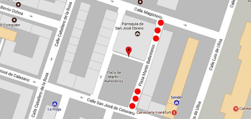 Cortes en la calle Martín Ballesteros para desmontar una grúa