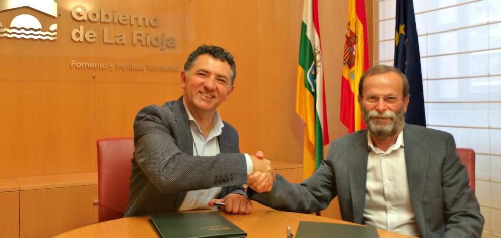 Fomento firma el contrato para iniciar la primera fase de la variante de Murillo