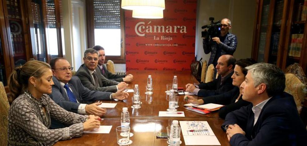 La Cámara y el PSOE riojano muestran su «preocupación» por «aislamiento» de La Rioja a causa de las infraestructuras