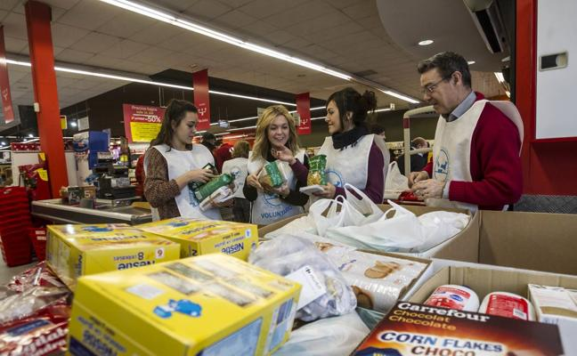 El Banco de Alimentos quiere superar los 215.616 kilos en 'la gran recogida'