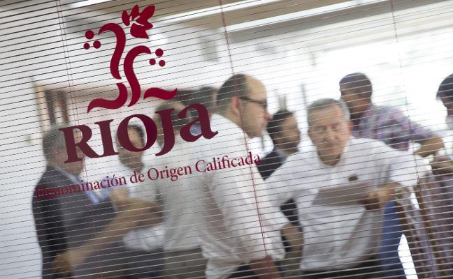 Bodegas y productores acuerdan paralizar las 387 hectáreas de nuevo viñedo hasta el año 2019